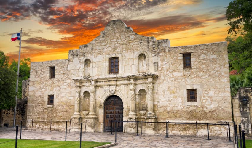 Exterior of the Alamo at sunset in San Antonio